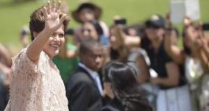 Primeira mulher eleita presidente, Dilma deixa cargo a 2 anos do fim do mandato