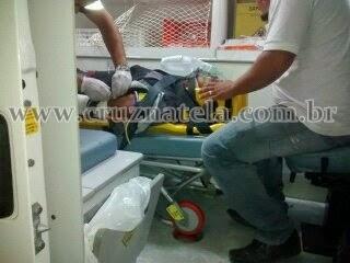 Motociclista fica ferido em acidente na BR-101