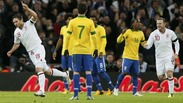 Brasil perde para a Inglaterra na estreia de Felipão