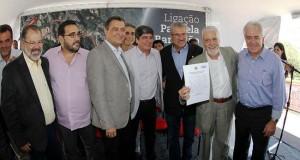 Wagner assina nesta terça ordem de serviço para construção da via Paralela-Barradão