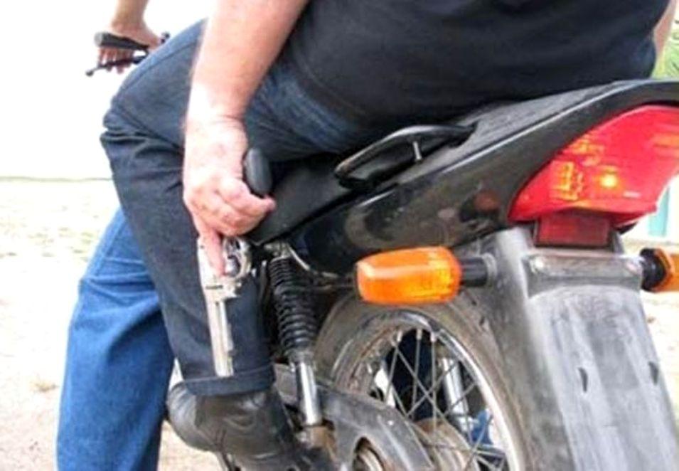 Agricultor tem moto tomada de assalto na zona rural de Acopiara-CE