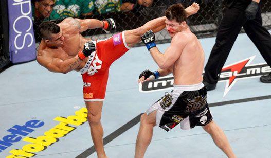 Vítor Belfort utiliza chute alto e nocauteia Bisping no UFC São Paulo