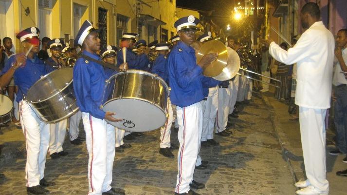 Filarmônica Lyra Ceciliana de Cachoeira tem apresentação na Praça Senador Themístocles neste domingo