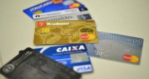 Nova regra do crédito rotativo entra em vigor hoje e traz expectativa de reduzir juros