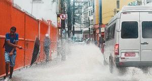 Chuva em Salvador já superou a média prevista para todo o mês de dezembro