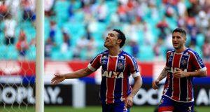 Goleada sobre o Atlético-PR coloca o Bahia no grupo dos que mais marcaram em estreias no Brasileirão