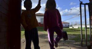 Adoção de crianças devolvidas exige reconstrução de laços