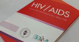 Cartilha orientará médicos sobre vacinas para pacientes com HIV