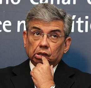 http://bahiareconcavo.com.br/site/wp-content/uploads/garibaldi-dedo-na-boca.jpg