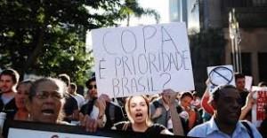 Salvador é palco de protestos contra os gastos com a Copa do Mundo