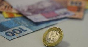 Inflação prevista pelos consumidores recua pelo terceiro mês consecutivo