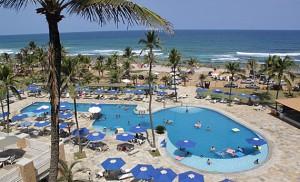 Trabalhadores de hotel da seleção brasileira entram em greve