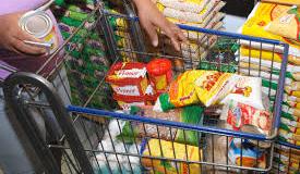 Sete dos 12 produtos da cesta básica sofrem redução em Salvador, diz SEI