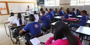 Rede estadual de ensino inicia renovação de matrícula a partir do dia 13