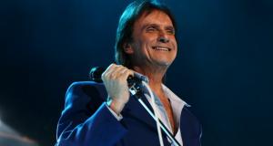 Roberto Carlos faz show em Salvador dia 29, afirma colunista